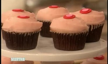 Romantic and Delicious Strawberry Cupcakes
