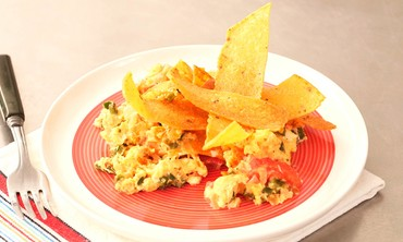 Vegetable Scrambled Egg with Corn Tortilla