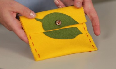 Quick-Stitch Purse Project Perfect for Kids