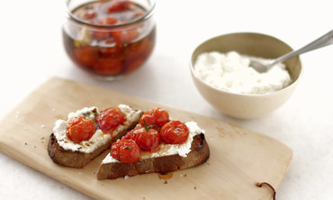Roasted Cherry Tomatos and Ricotta on Toast
