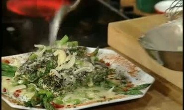 Easy Recipe for Salmon With White Wine Sauce