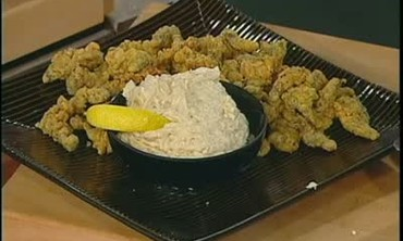 Fried Clams with Gaahilcky Blue Cheese Sauce