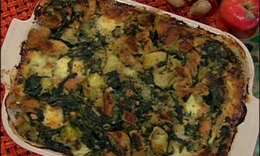 Giblet Gravy with Artichoke Spinach Dressing