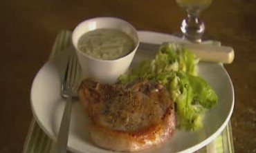 Apricot-Mustard Sauce with Sauteed Pork Chops