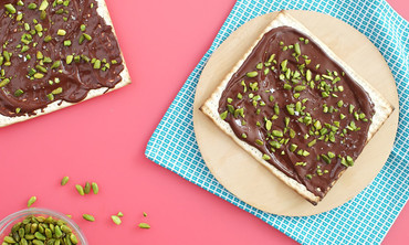 Dark Chocolate & Pistachio Matzo with Sea Salt