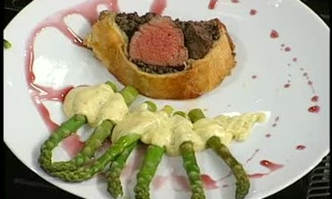 Finished Beef Wellington and Asparagus Part 3
