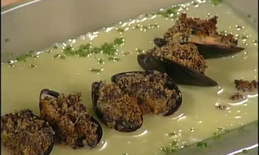 Olive Crusted Mussels with Lemon Butter Sauce