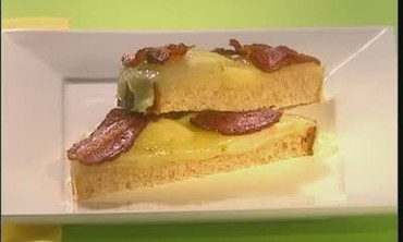 Grilled Cheese Sandwiches with Apple and Bacon