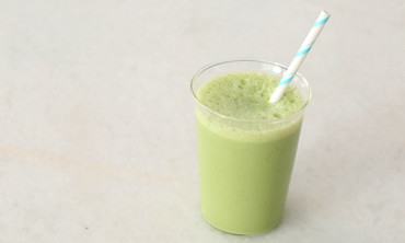 Kale, Pineapple, and Almond-Milk Smoothie Recipe