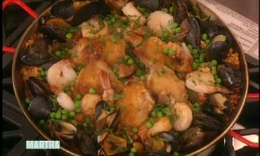 Mexican Paella with Chicken, Mussels, and Shrimp