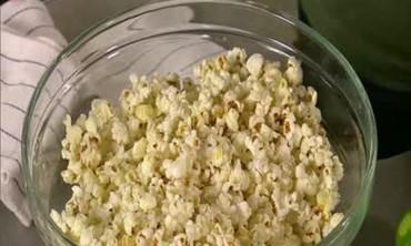 Zesty Popcorn with Chili Powder and Fresh Lime