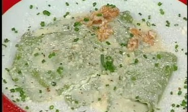 Gorgonzola and Ricotta Ravioli with Cream Sauce