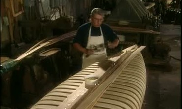 Handmade Wooden Canoe Step-by-Step Construction