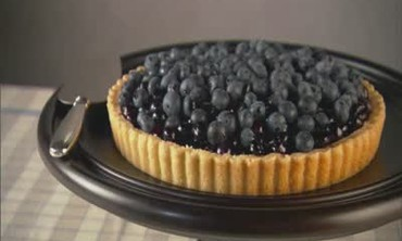 How to Make an Easy and Elegant  Blueberry Tart