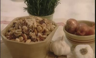 Martha Stewart Makes a Snack of Warm Mixed Nuts