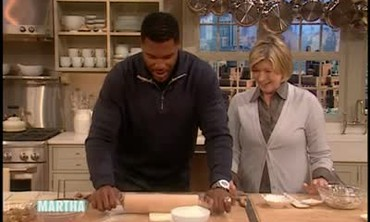 Raspberry Rhubarb Turnover with Michael Strahan