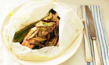 Steamed Salmon, Asparagus and Shiitake Mushrooms
