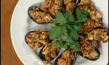 Emeril's Port-Marinated Steak and Stuffed Mussels