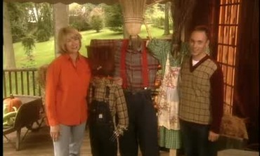 How to Make a Decorative Scarecrow for Halloween