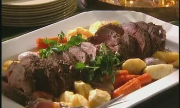 Peppered Filet of Beef with Watercress Vegetables