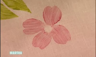 How to Block Print Flower Patterns on Table Linens
