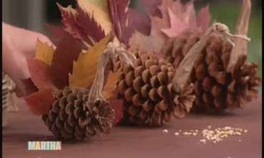 Pine Cone Thanksgiving Place Cards and Decorations