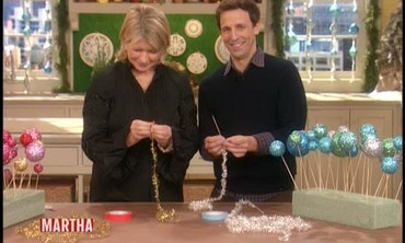 Seth Meyers and Martha Stewart Make Ball Garlands
