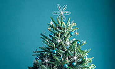 Good Things: How to String Lights on a Christmas Tree