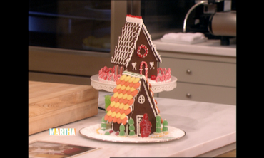 How to Make a Gingerbread House with Carson Kressley