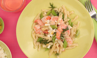 Must Make One Pan Pasta with Shrimp & Sugar Snap Peas