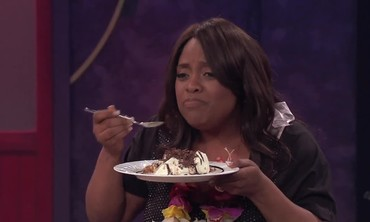 Emeril Lagasse Surprises Sherri Shepherd with her Favorite Dessert