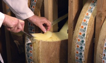 Martha Stewart Tours New York's Famous Murray's Cheese Caves
