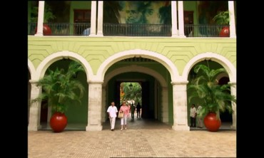 Visiting the Capitol City of Yucatán, Mérida with Martha Stewart
