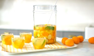 Refreshing Stone Fruit and White Wine Sangria Recipe for Summer