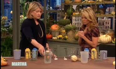 Halloween Gourd Candles with Kelly Ripa