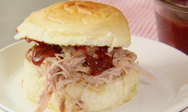 Emeril's Slow Cooker Wagon Chili and Pulled Pork BBQ Sandwiches for the Holidays