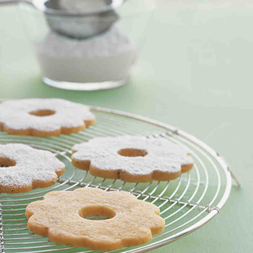 Lime Butter Cookie Wreaths images
