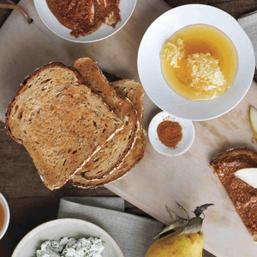 Greek Yogurt, Cinnamon, and Honey