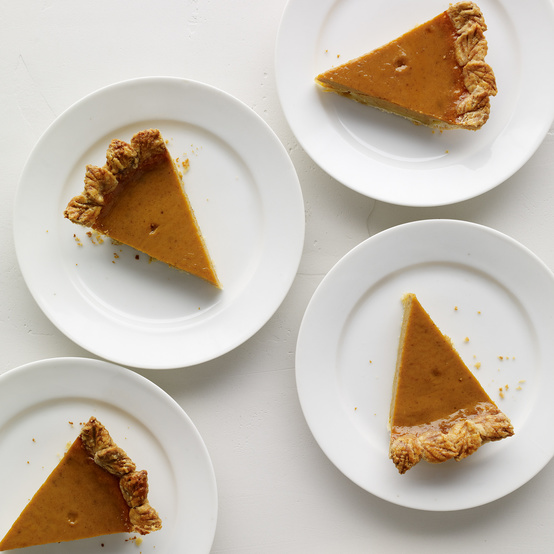 chocolate peanut butter pie round