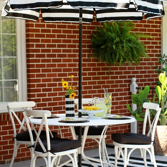 patio table and chairs outside
