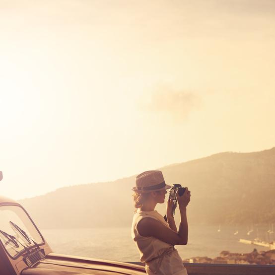 woman sightseeing camera