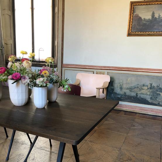 salone di mobile pink chair