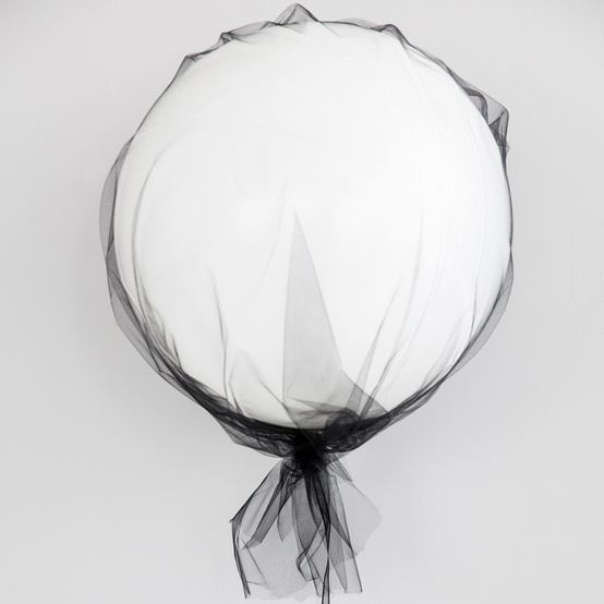 bootiful ghost tulle balloons