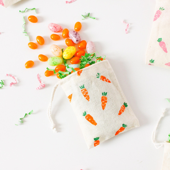 finished easter carrot treat diy bag with jelly beans