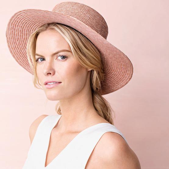 sunscreen woman hat