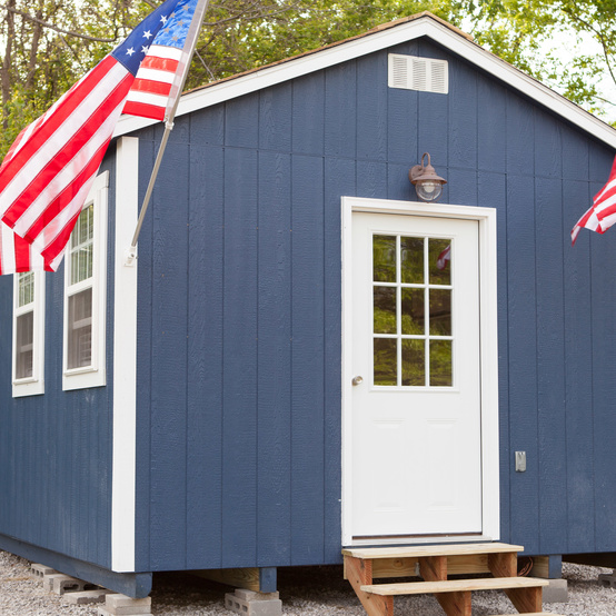 tiny home veterans american flag