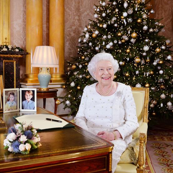 圣诞节期间伊丽莎白女王在白金汉宫