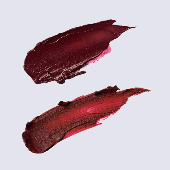 lip stick smudge dark red and maroon