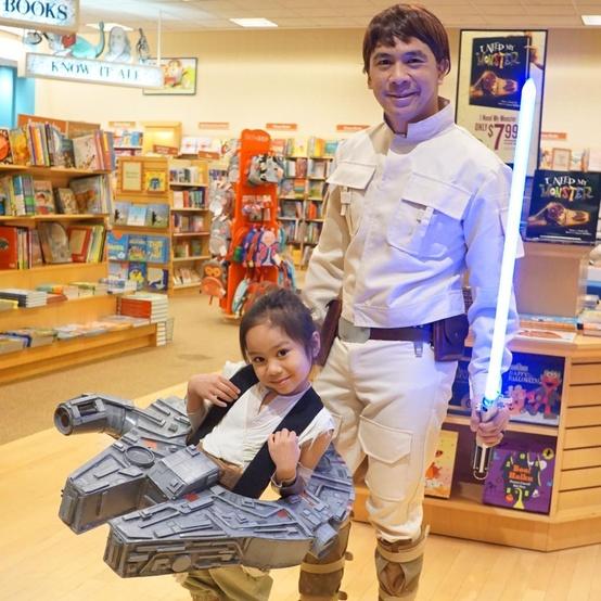Dino Ignacio and his daughter in Star Wars costumes