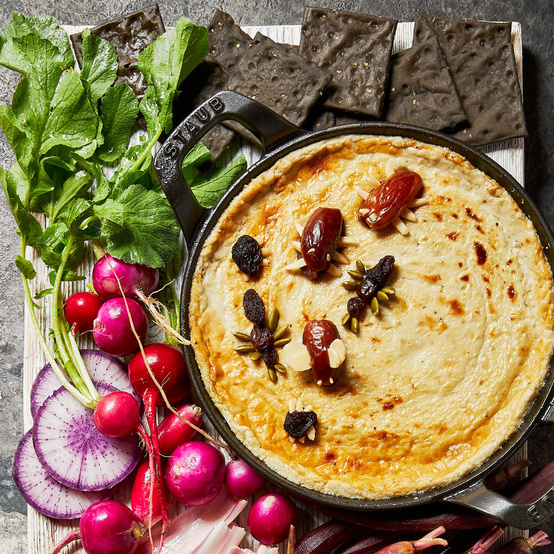 Warm Black-and-Blue Cheese Dip